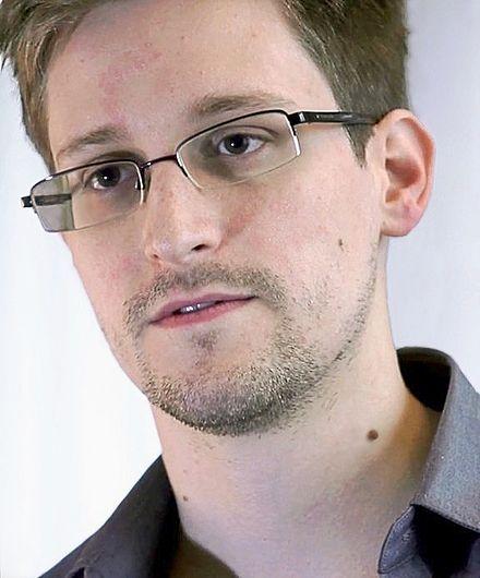 440px-Edward_Snowden-2
