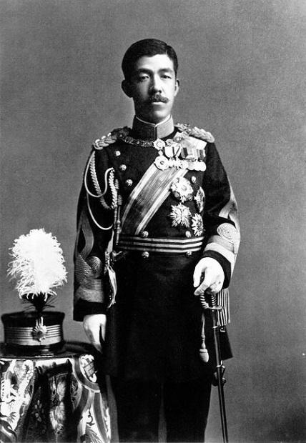 450px-Emperor_Taishō