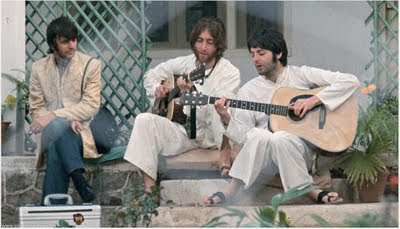 beatles_in_India_10