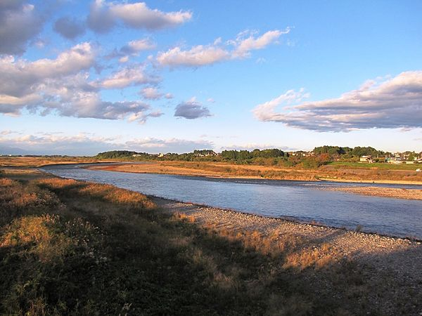 600px-Kinu_River_viewing_from_Akutsu_Ohashi_in_Utsunomiya
