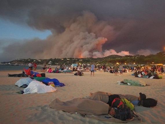 beach-fire-france01