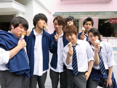 35-sai-no-Kokosei-kento-yamazaki-E5-B1-B1-E5-B4-8E-E8-B3-A2-E4-BA-BA-38896076-500-375