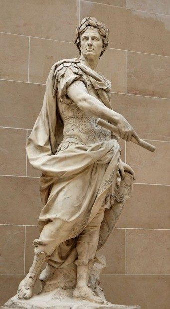 500px-Julius_Caesar_Coustou_Louvre_MR1798