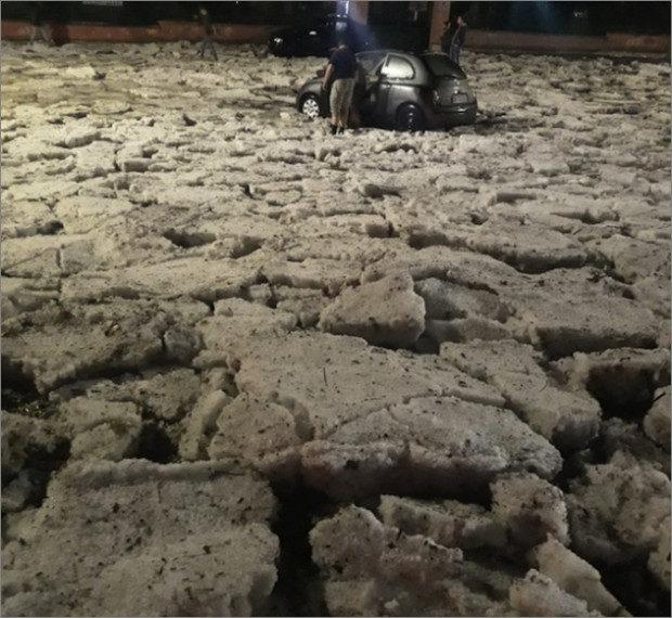 rome-hail-human01