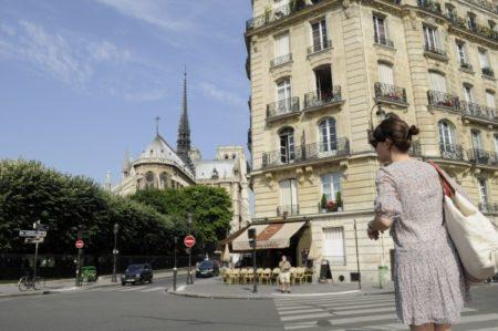 パリの風刺週刊紙襲撃の舞台裏とジョージア・ガイドストーンの罠