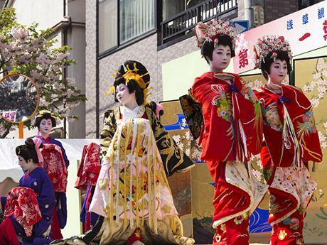 宮崎謙介氏の「独善的な極み」と倍増した女性の梅毒