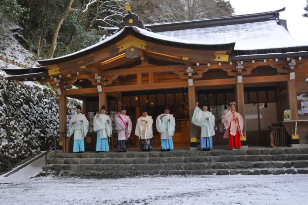 貴船神社のイワナガヒメ伝説の陰陽と2度のグラミー賞に輝く内田光子