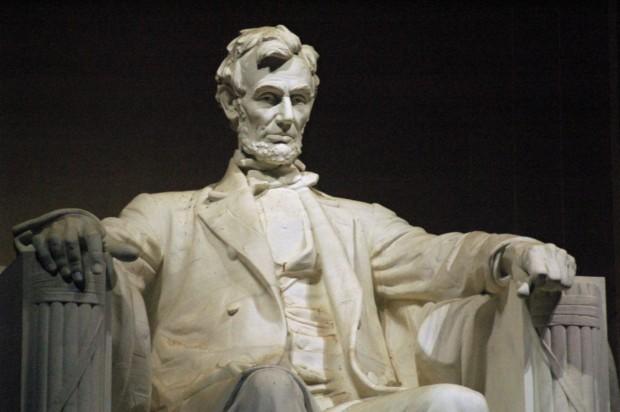 海外から見た安倍総理の人格と第4密度の魂だったエイブラハム・リンカーン