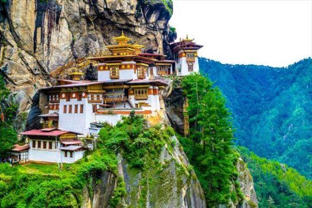 ブータン国王が明らかにした日本の歴史的意味とインドと中国の緊張関係