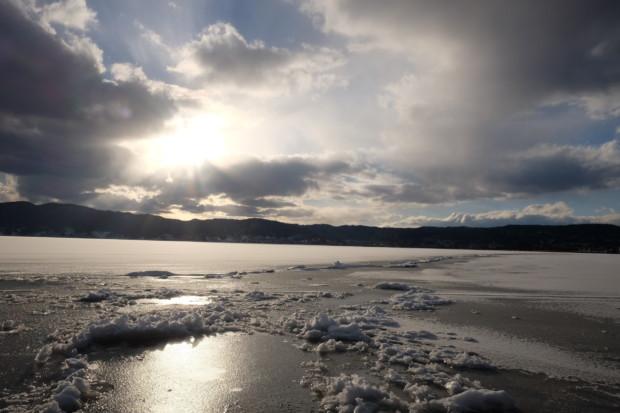 5年ぶり諏訪湖に出た「御神渡り」と報道されない日本の危機