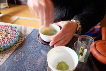 「コロナ戦線」を乗り切る緑茶カテキン&花崗岩の自然放射線